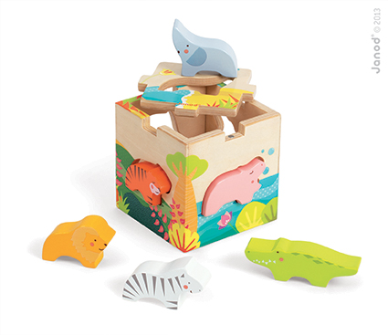 janod savannah shape sorter
